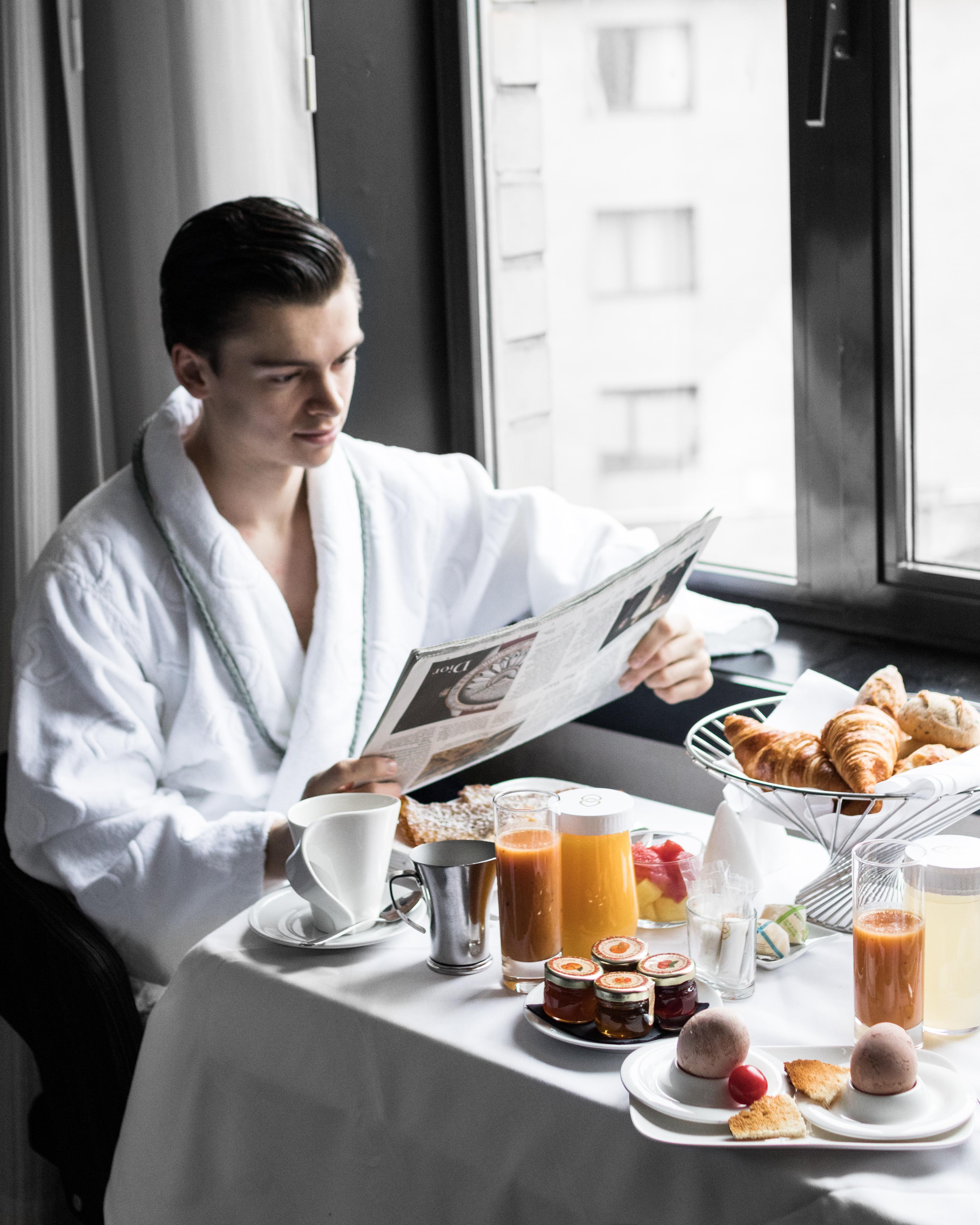 Mathias le fevre - sofitel le louise brussels breakfast room service gentleman luxury hotel